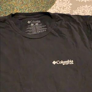 2 Men's Columbia XL fishing t-shirts